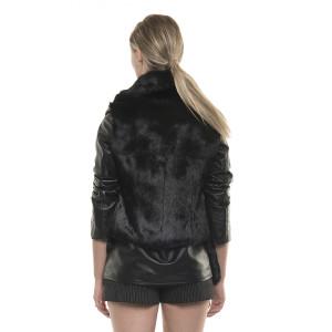 Jachetă de blană naturală de iepure cu mâneci din piele neagră