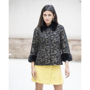 Jacheta piele naturala neagra, pictata cu imprimeu auriu, cu rever si mansete din vizon negru
