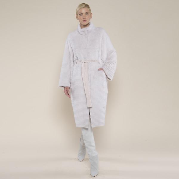Haina blana naturala vizon/suport lana 100%, roz deschis, maneci evazate, 120cm