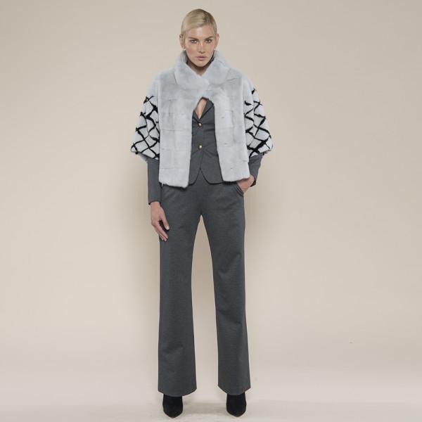 Jacheta blana vizon gri cu maneci model geometric, 50cm