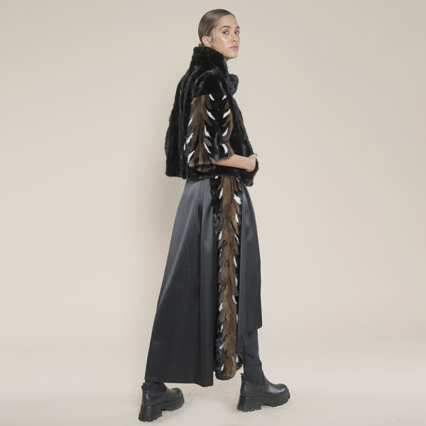 Jacheta blana naturala vizon, negru, maneci multicolore vizon hand-made, 50cm