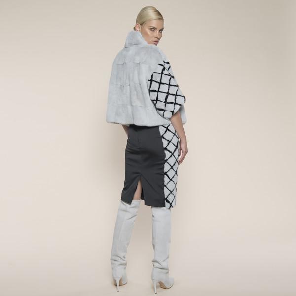 Jacheta blana naturala vizon gri cu maneci model romburi, 50cm