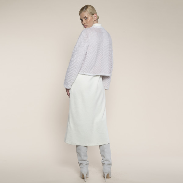 Jacheta blana vizon montat pe suport lana, roz pal cu margini albe, 50cm