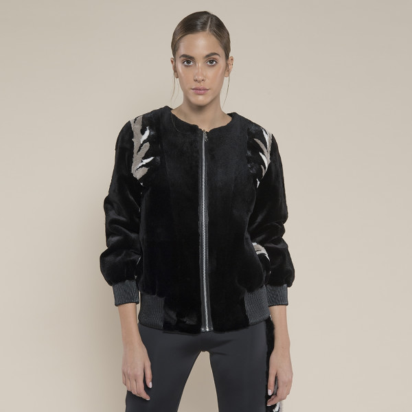 Jacheta blana naturala vizon, negru cu insertii multicolore la umeri, 50cm