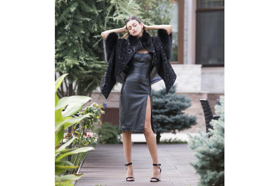 Leather & mink, all black fashion by Paisi