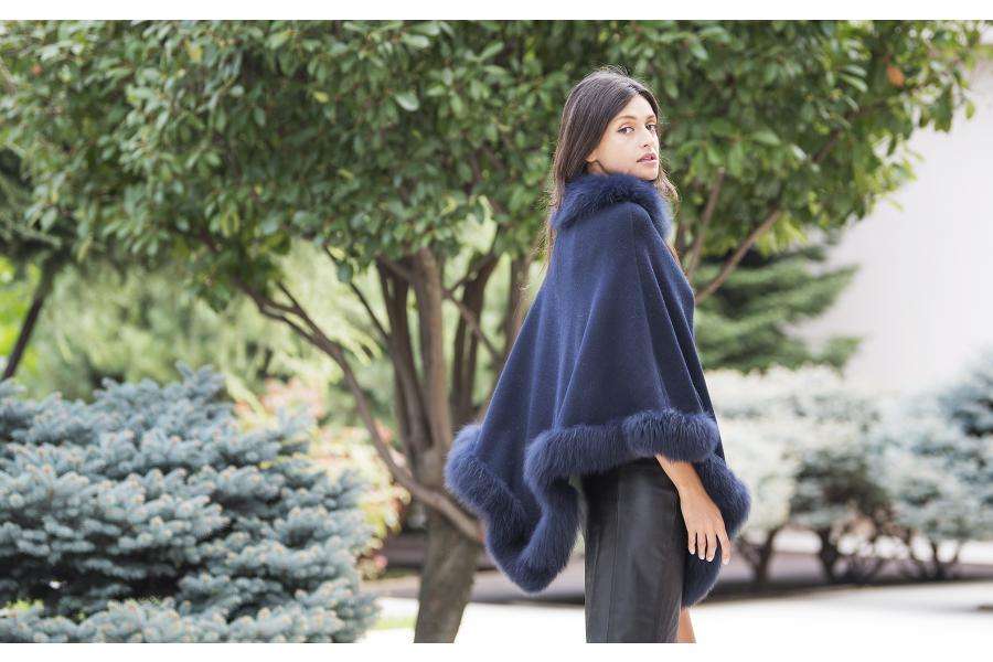 Must have of the season: Capa tip poncho by Paisi