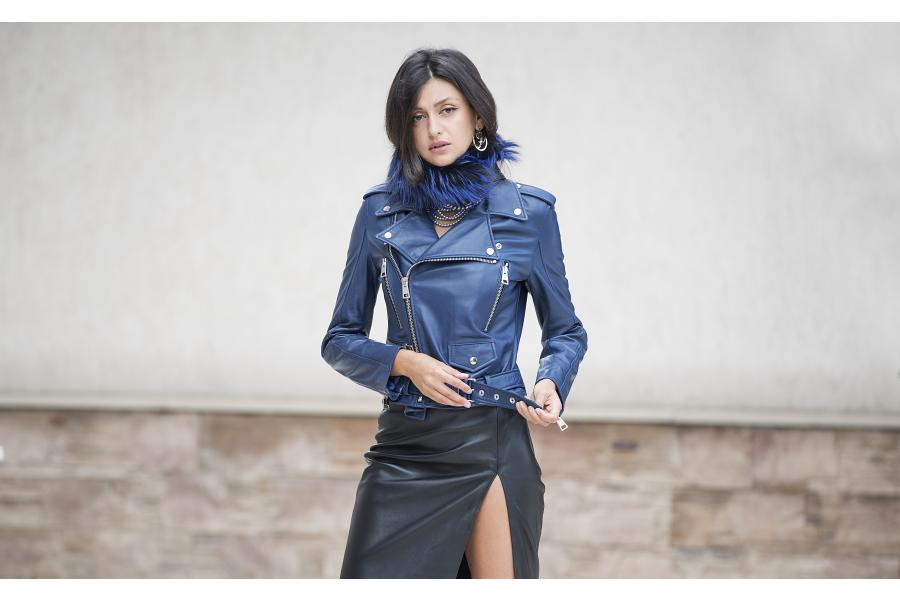 Paisi is the most fashionable leather & fur brand!